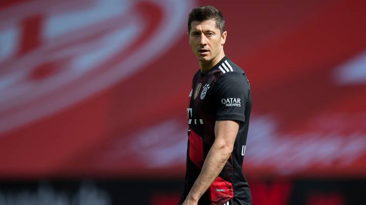 Robert Lewandowski Targeted By Premier League Pair And Hasn't Decided On His Future