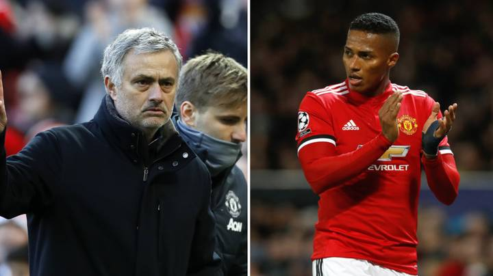 Manchester United Eye Premier League Full Back As Antonio Valencia Replacement