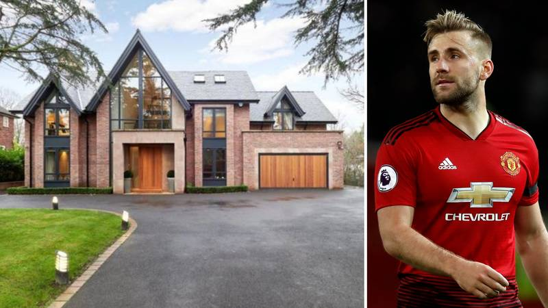 Take A Look Inside Luke Shaw's Incredible Mansion, It Costs £2.8m To Buy