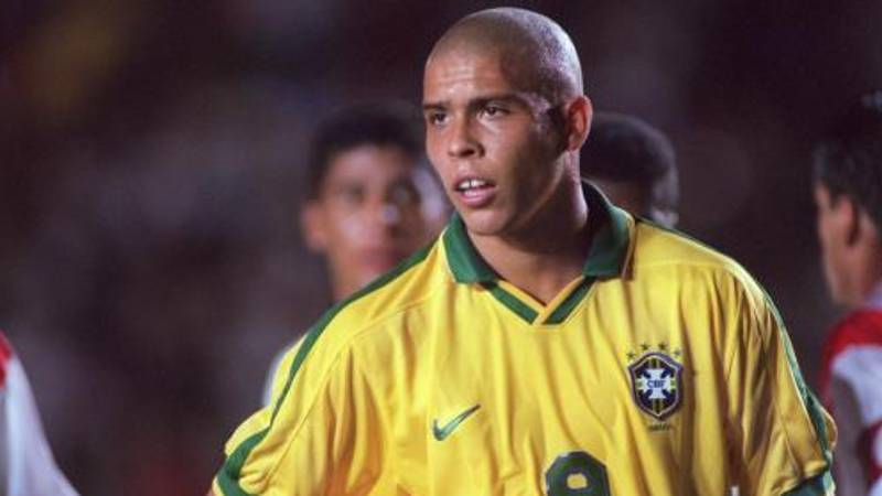Lionel Messi Claims Ronaldo Nazario Is The Greatest Striker Of All Time