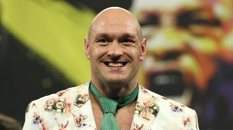 250-Pound Tyson Fury Has Challenged 150-Pound Floyd Mayweather To A Fight