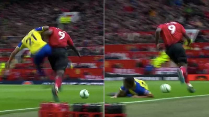 Romelu Lukaku Doesn't Even Flinch After 'Street Fighter Style' Tackle From Ryan Bertrand