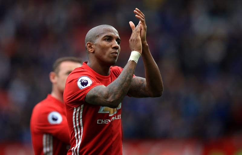 Ashley Young's Way Of Eating Chips Is Weird As Fuck