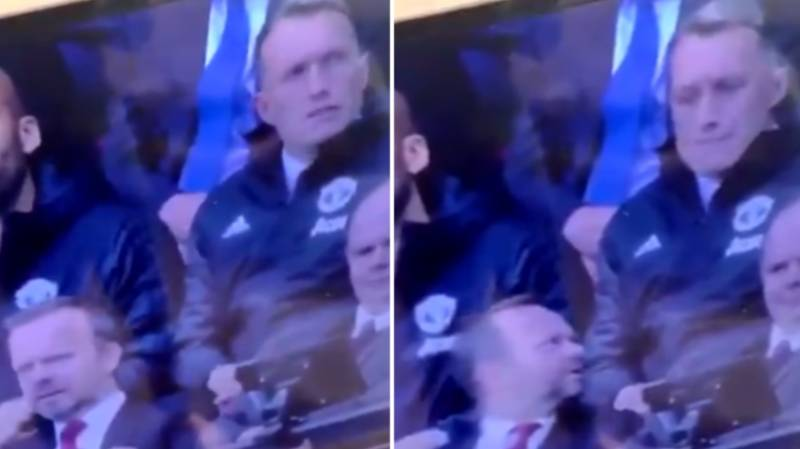 Ed Woodward Appears To Tell Phil Jones To Shut Up As Man Utd Lose 2-0 To West Ham