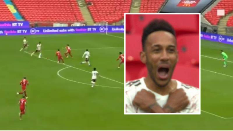 Pierre-Emerick Aubameyang Scores Stunning Long-Range Goal For Arsenal Against Liverpool In Community Shield
