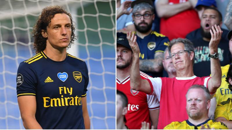 David Luiz Officially Signs New Deal, Arsenal Fans Absolutely Lose Their Minds