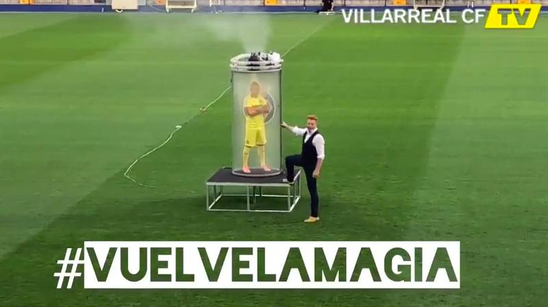 Santi Cazorla's Official Unveiling At Villarreal Is Our New Favourite Thing