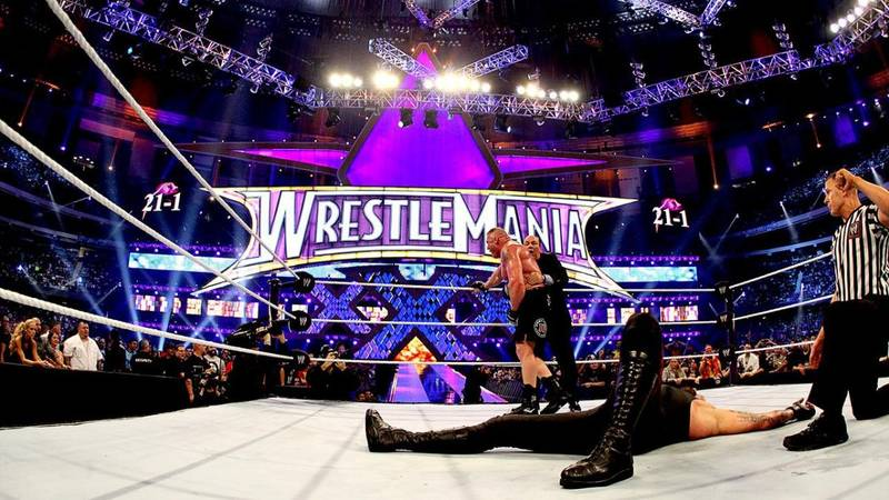 Vince McMahon's Surprising Choice To Originally Break The Undertaker's WrestleMania Streak