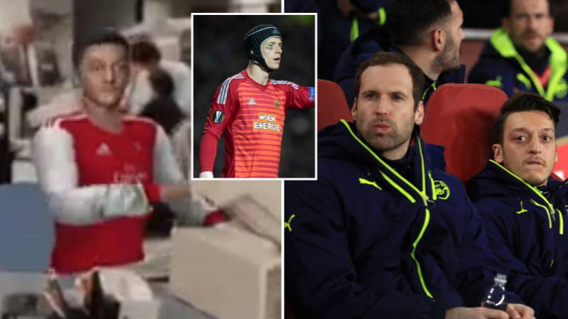 Mesut Ozil Hilariously Mocks Himself As He Watches Arsenal At Home