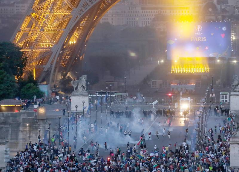 Riots Broke Out In Paris Last Night Following The Euro 2016 Final