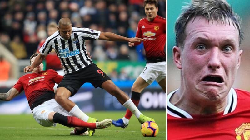 Fans React Brilliantly As Phil Jones Goes Full Phil Jones Against Newcastle