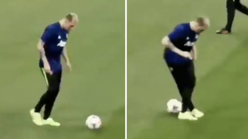 Phil Jones Attempts Piece Of Skill But Accidentally Nutmegs Himself