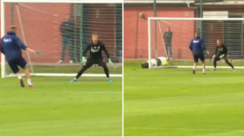 Nicklas Bendtner Could Barely Score In First Copenhagen FC Training