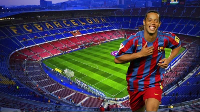 The Unheard Reason Why Ronaldinho's Nou Camp Debut Took Place At Midnight In 2003