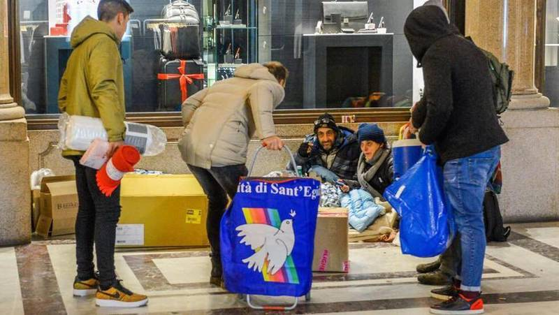 Dybala And Iturbe Put Rivalry Aside To Help The Homeless