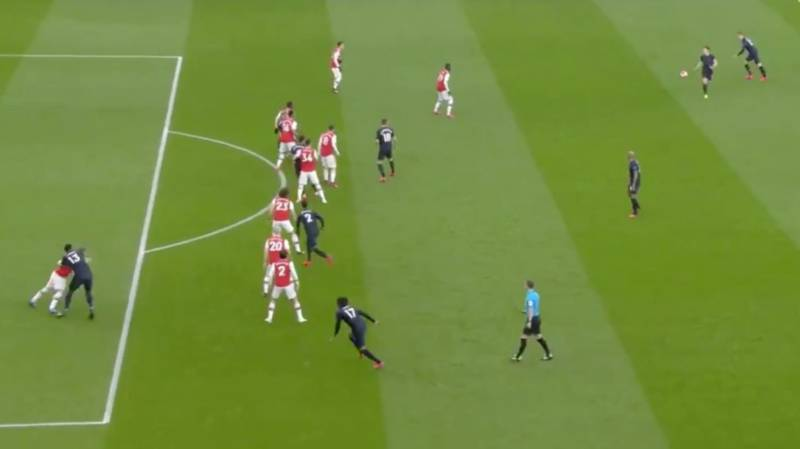 Arsenal Produced The Worst-Executed Offside Trap Of All-Time For Everton Goal