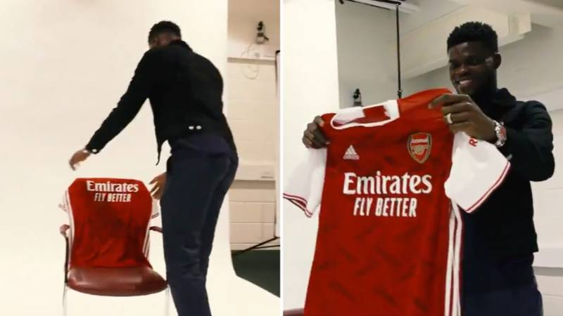 Thomas Partey's Reaction To Seeing His Arsenal Shirt For The First Time Is So Wholesome