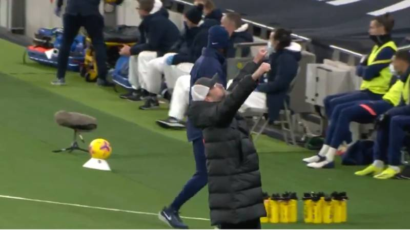 Liverpool Fans Remember Jurgen Klopp's Emotional Celebration At Tottenham Following The Death Of His Mother