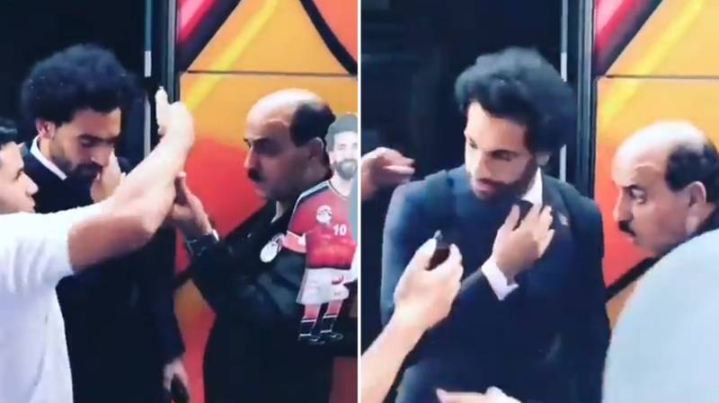 Fan Fails With Selfie After Putting His Hand On Mo Salah's Injured Shoulder