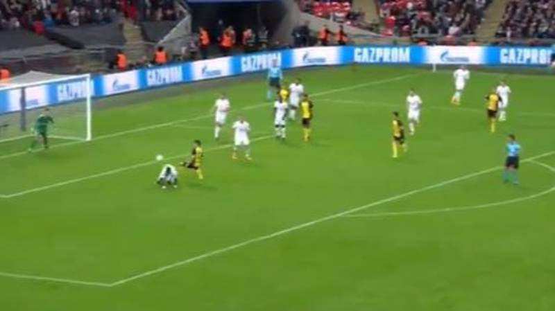 WATCH: Serge Aurier Pulls Off The Most Ridiculous Piece Of Defending
