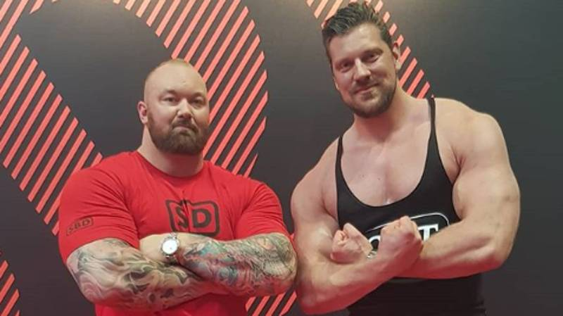 'World's Tallest Bodybuilder' Olivier Richters Makes The Mountain Look Tiny