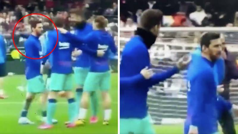 Lionel Messi Refuses To Take Part In Traditional Pre-Match Huddle And It's Worrying Fans