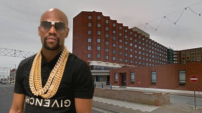 Floyd Mayweather To Charge Fans £150 For A Photo At Meet-And-Greet Inside Budget Blackpool Hotel