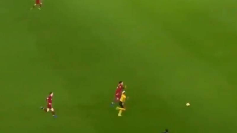 An Ill Virgil van Dijk Outpaces 'Fastest Player In The Premier League' Adama Traore