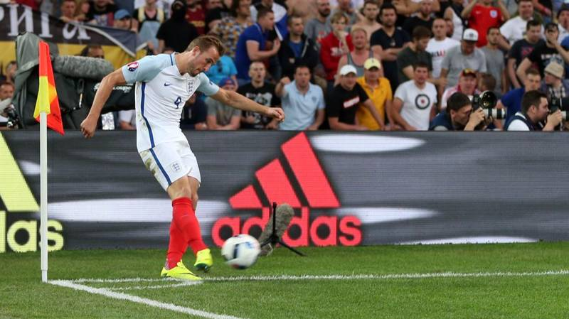 Roy Hodgson Finally Reveals The Reason For Putting Harry Kane On Corners And It's Baffling