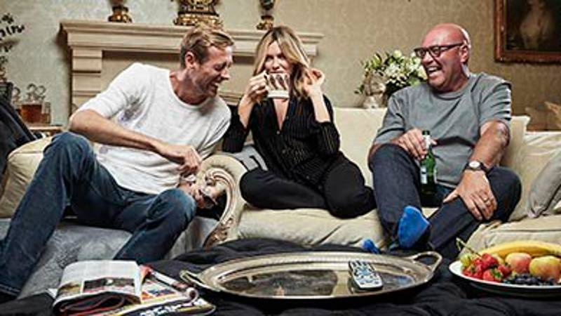 Peter Crouch And Abbey Clancy To Star On 'Celebrity GoggleBox' For SU2C