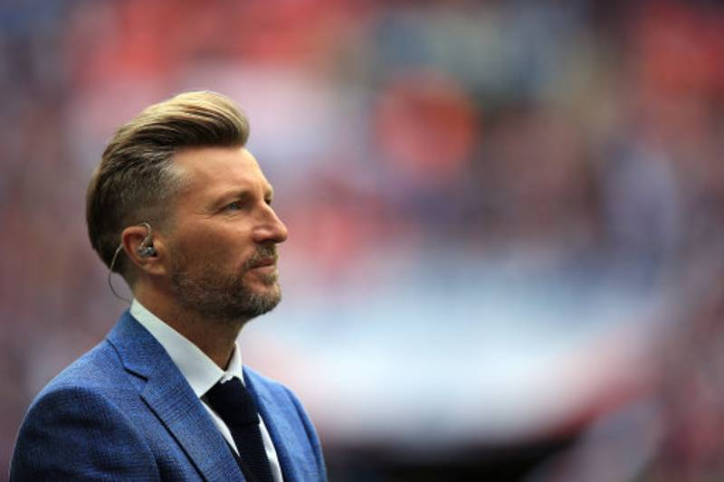 Robbie Savage Proposes Naked Promise
