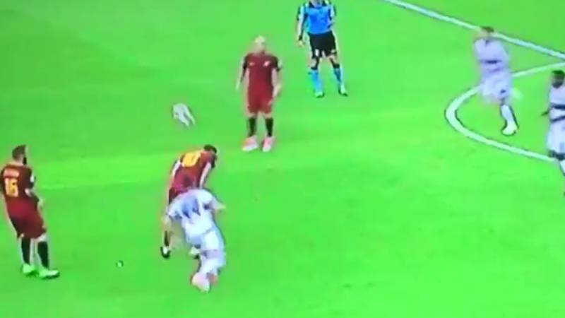 WATCH: Francesco Totti's Sublime Touch With His Back In His Final Roma Appearance