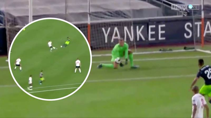 Simon Mignolet's Howler Gifted Bruno Fernandes The Opening Goal Against Liverpool