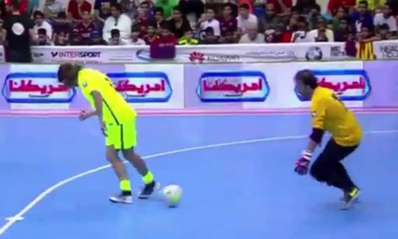 Carles Puyol Doing Neymar Things In A Futsal Game