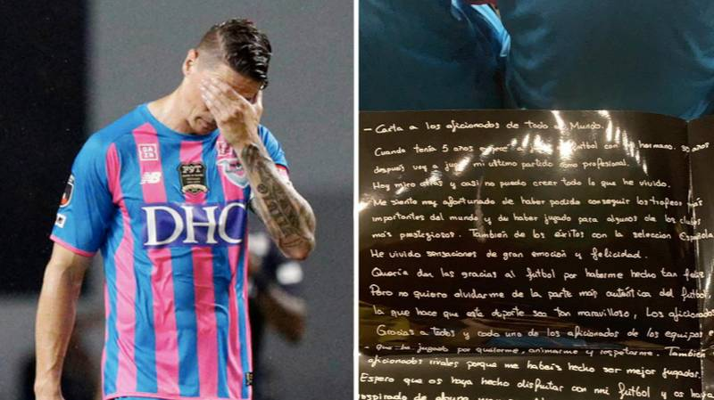 Fernando Torres Left Handwritten Letter On Every Single Seat At The Best Amenity Stadium