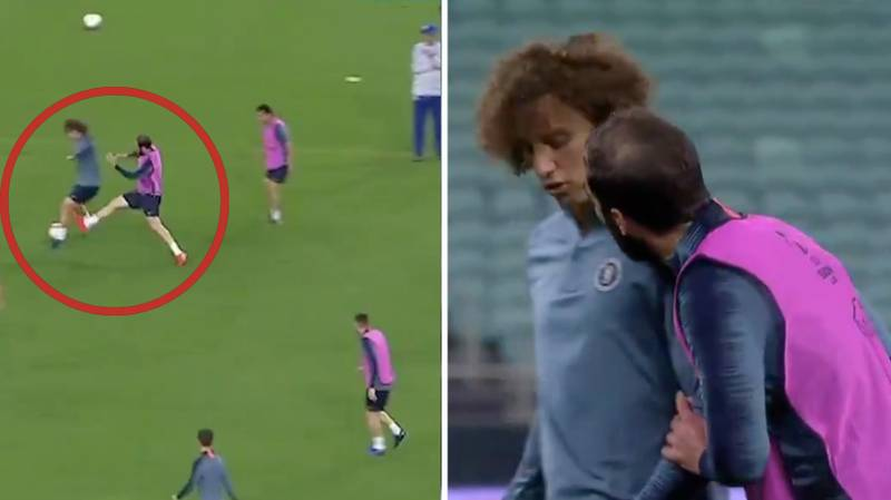 David Luiz Appears To Elbow Gonzalo Higuain In The Face During Training Session