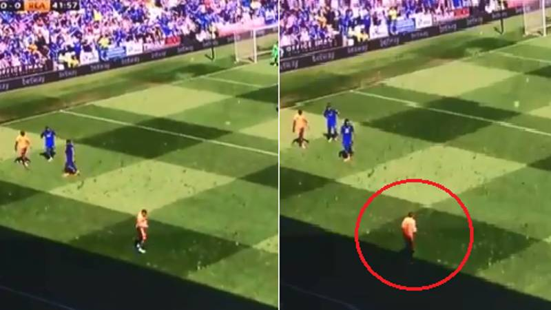 Did A Reading Player Take A Throw-In From Shadow Line, Rather Than Actual Line?