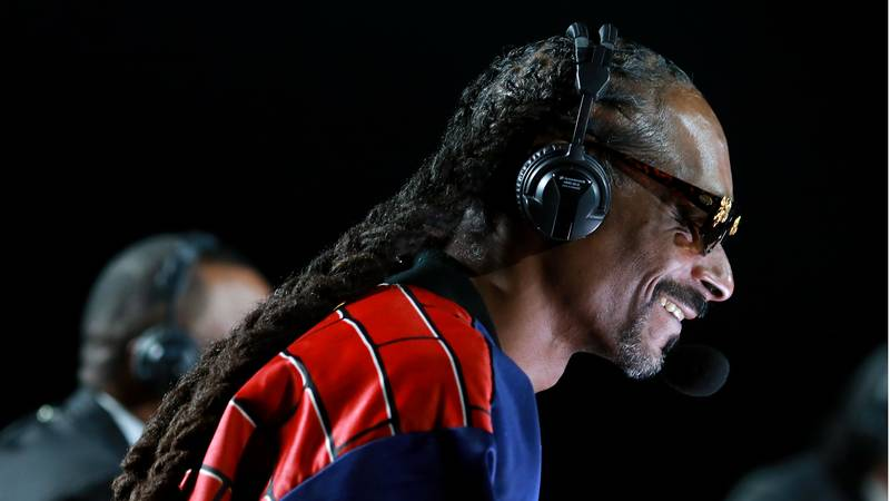 Calls For Snoop Dogg To Commentate NBA Games After Hilarious Boxing Debut